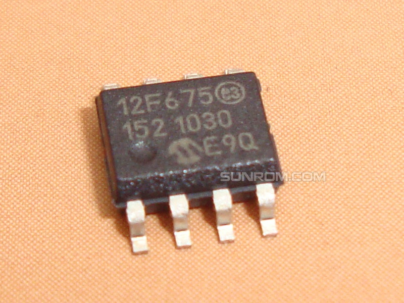 PIC12F675-I/SN SMD